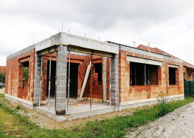emeletes ház építése